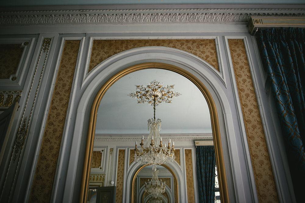 inside chateau canière / zéphyr and luna