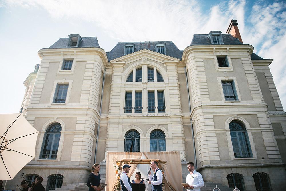 wedding wonderful love chateau caniere / zephyr & luna