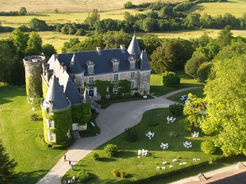 most beautiful elopement venues in dordogne - chateau de la cote