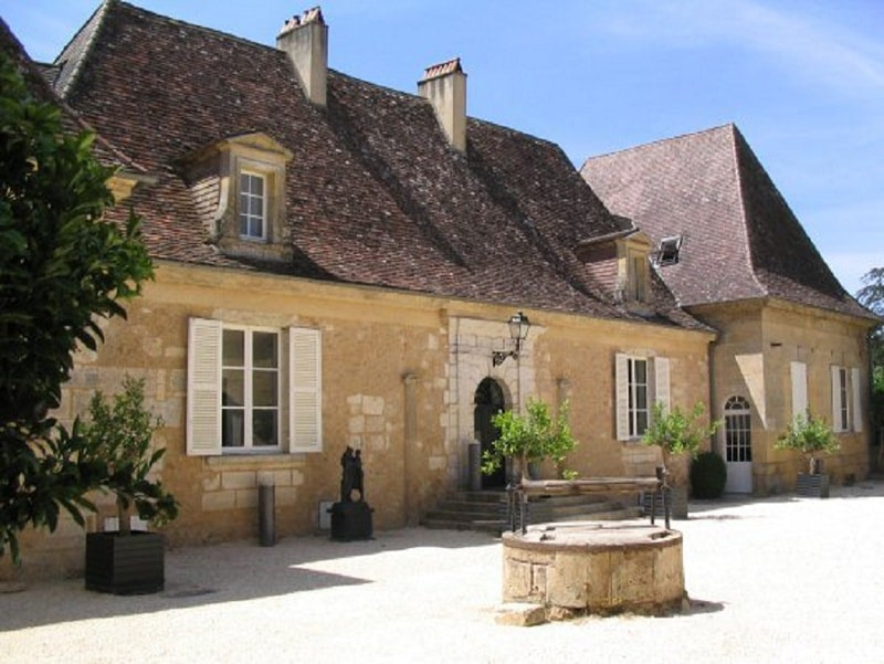 most beautiful elopement venue in france - chateau les merles