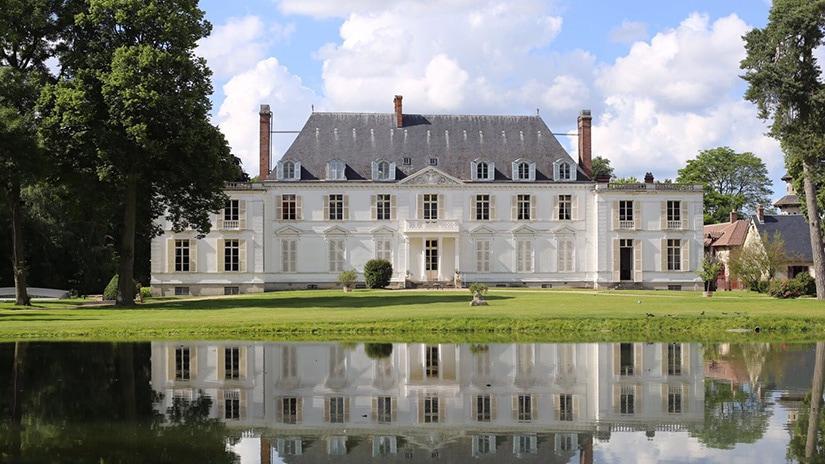 chateau barthelement best elopement venue paris