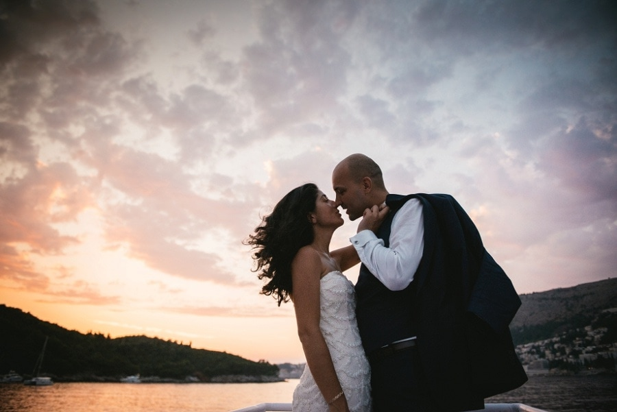 how to elope in hawaii - suit