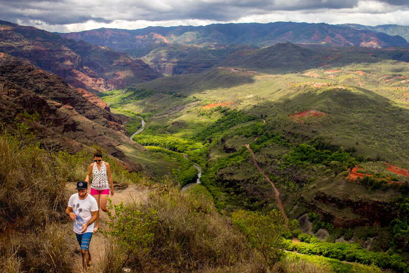 how to plan an elopement in hawaii - kokee state park