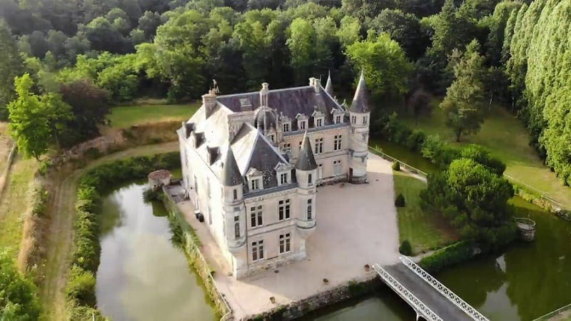 most beautiful elopement venues in france - chateau de bourneau