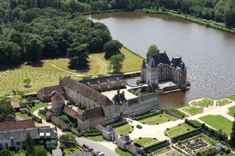 most beautiful chateau wedding france - chateau bussiere