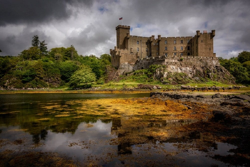 where to elope in europe - dunvegan castle