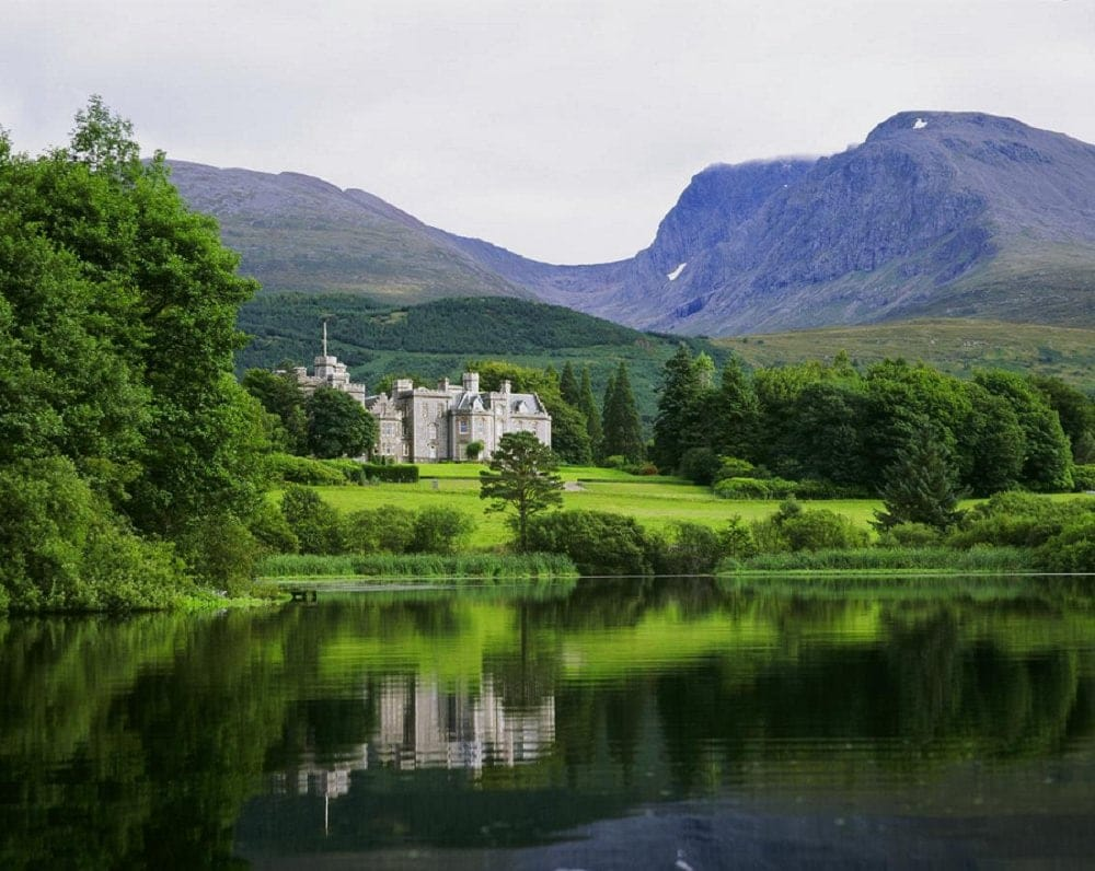 where to elope in europe - inverlochy castle