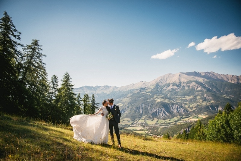 ultimate guide to elope in france - the best wedding dress