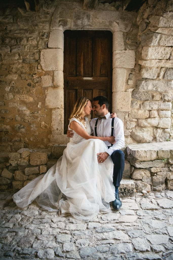 Why plan an elopement in France
