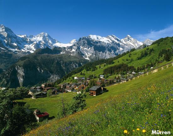 The ultimate guide for an elopement in Switzerland - Mürren