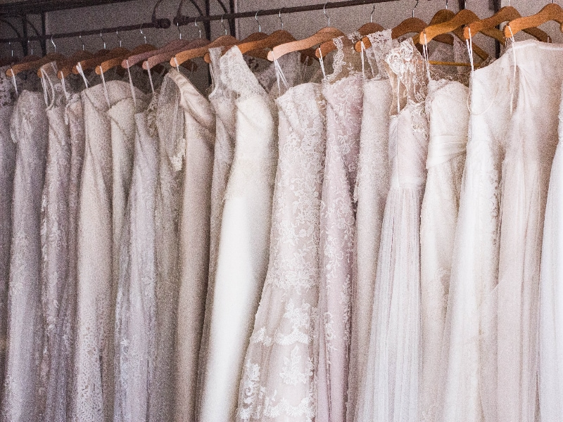 what to wear when eloping to ireland - wedding dress