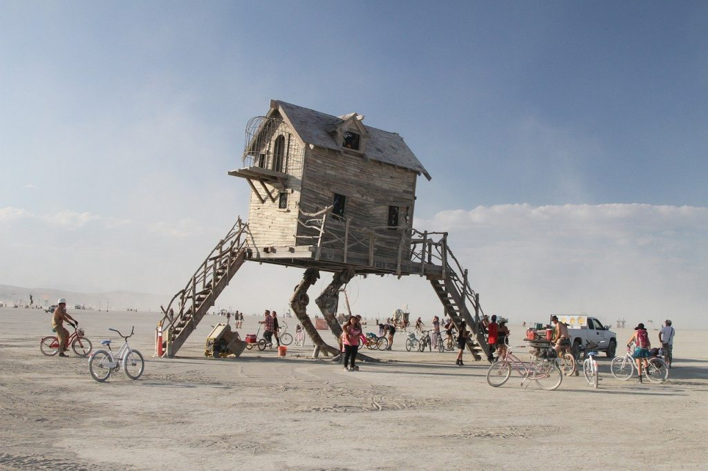 Adventure elopement idea - burning man