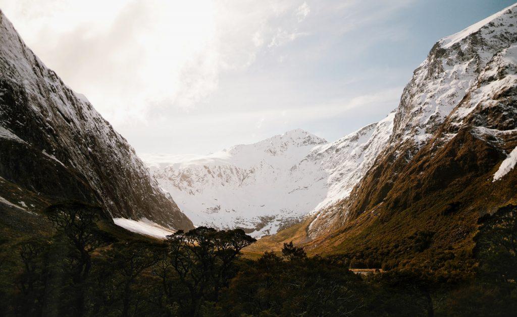Winter elopement in New Zealand