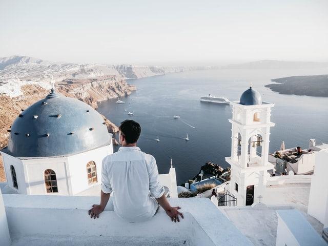 5 hour elopement package in Santorini