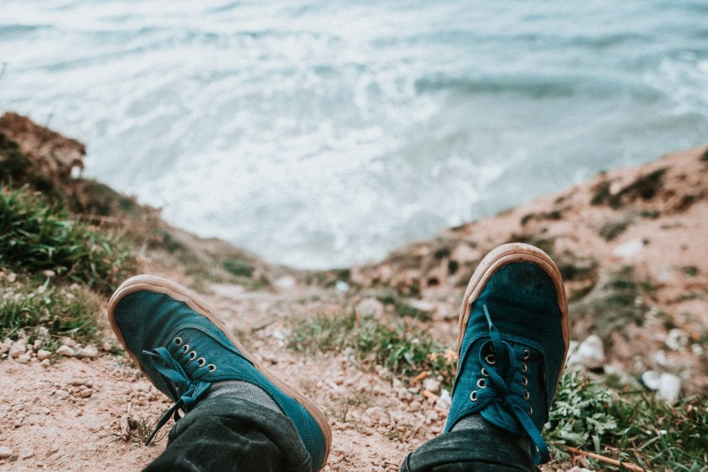 What to wear for a Santorini elopement - the shoes