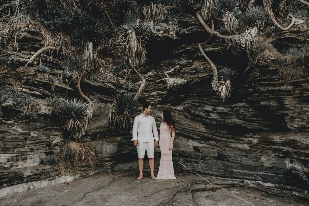 What to wear for a Santorini elopement - the suit