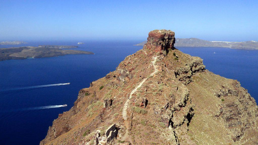 Where to elope in Santorini - Skaros Rock