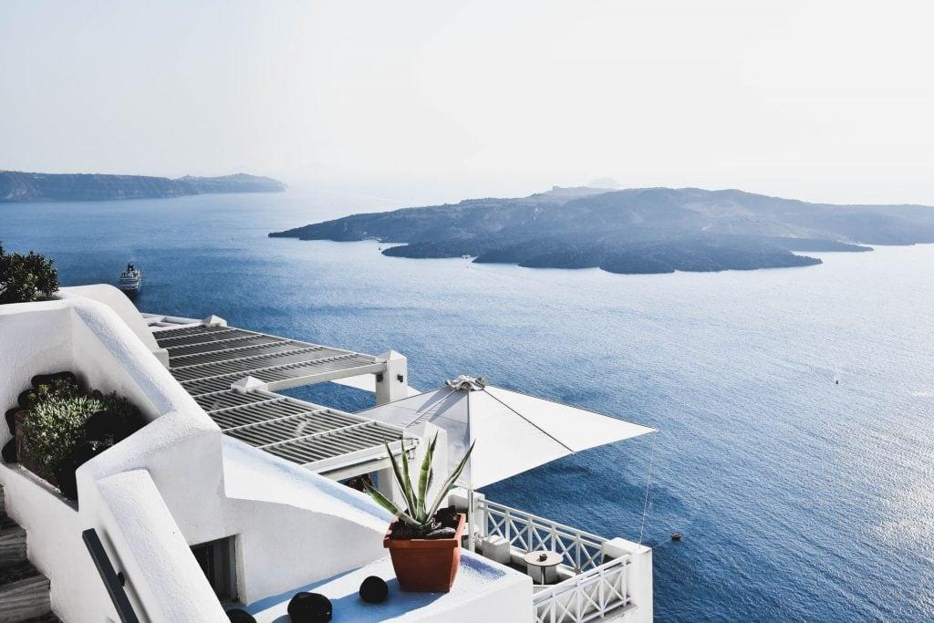 Why elope in Santorini