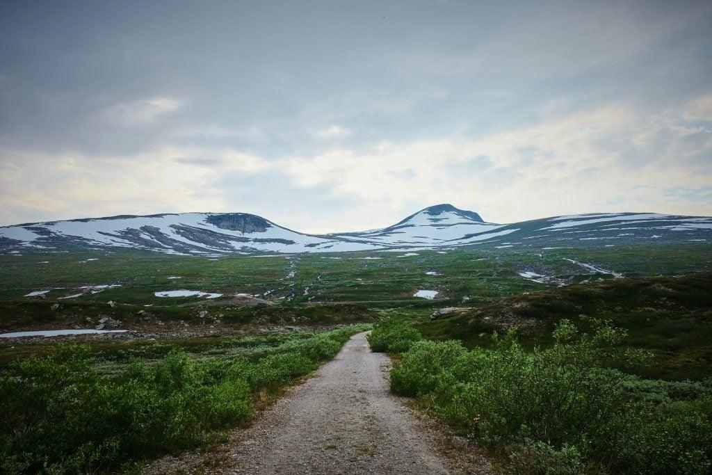 Why elope in Sweden