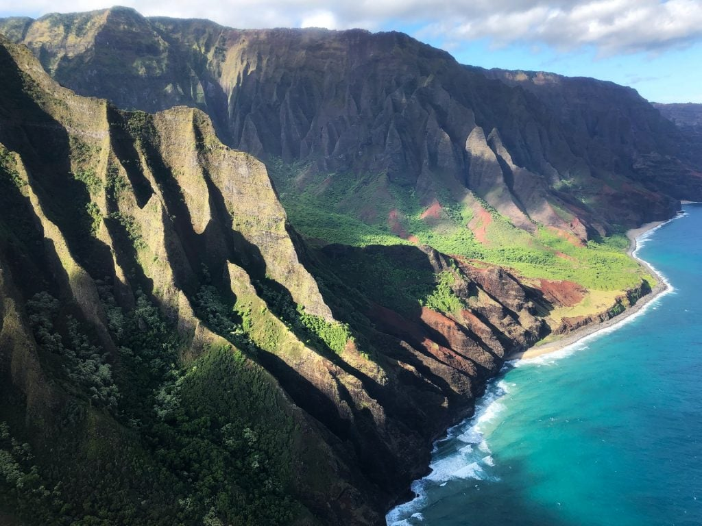 hikes for an Hawaii elopement - the Kalalau Trail