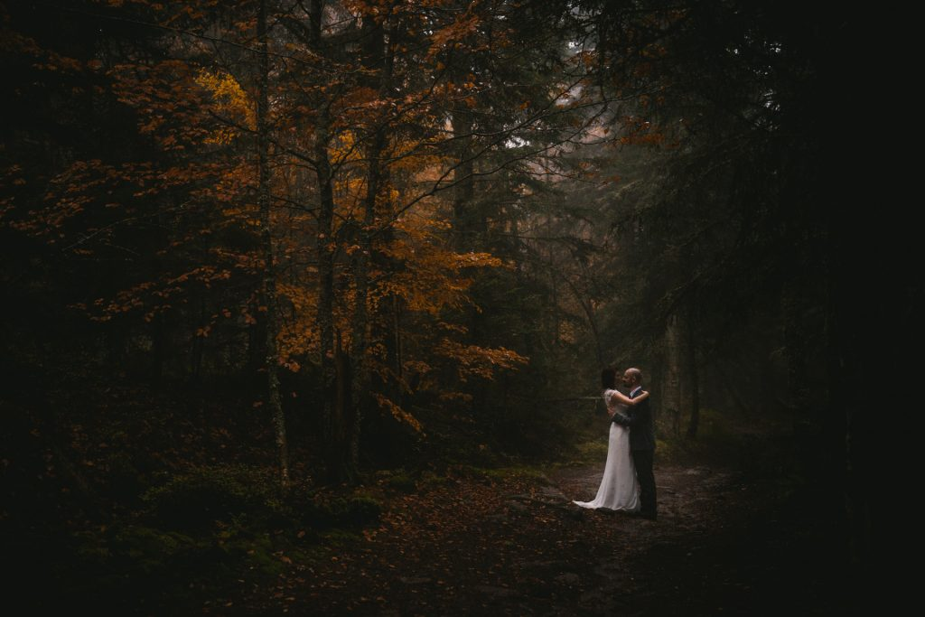 How to plan a Lord of the Rings wedding or elopement - choose a Middle Earth color palette